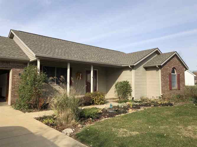 8031 W Nickel Plate Court Mulberry, IN 46058 | MLS 201949166