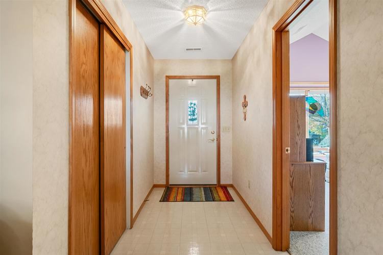 8713 Edwardsberg Place New Haven, IN 46774 | MLS 201949242 | photo 10