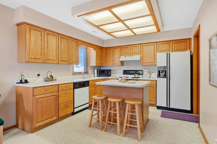 8713 Edwardsberg Place New Haven, IN 46774 | MLS 201949242 | photo 6