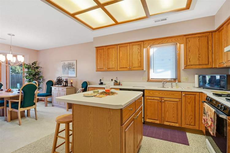 8713 Edwardsberg Place New Haven, IN 46774 | MLS 201949242 | photo 7