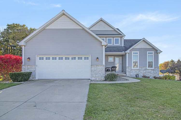 23060 Benson Court South Bend IN 46628 | MLS 201949262 | photo 1