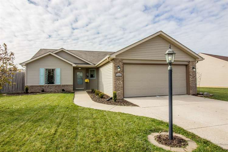 15223  Bears Breech Court Huntertown, IN 46748 | MLS 201949275