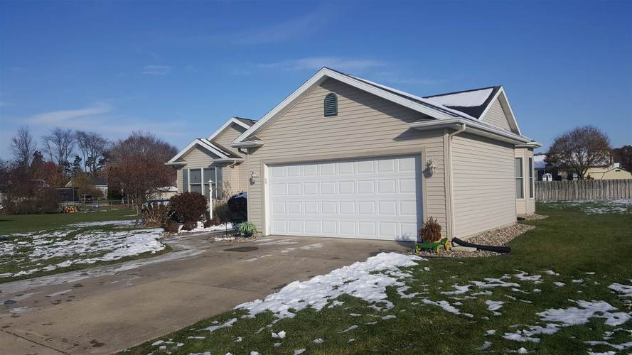 57834 Weathered Pine Court Elkhart, IN 46517 | MLS 201949465 | photo 2