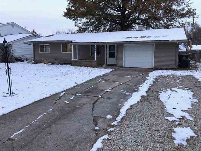 5421  Rothermere Drive Fort Wayne, IN 46815 | MLS 201949760