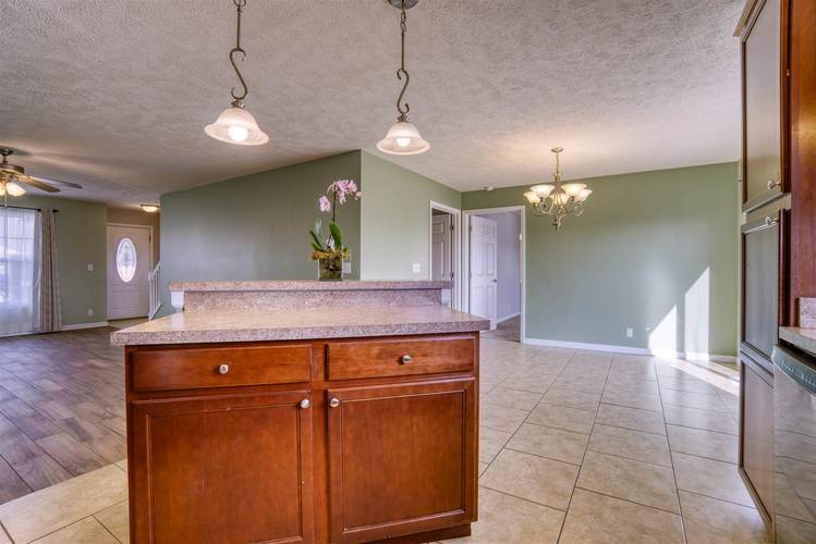 11341 Aplomado Drive Evansville, IN 47725 | MLS 201949904 | photo 15