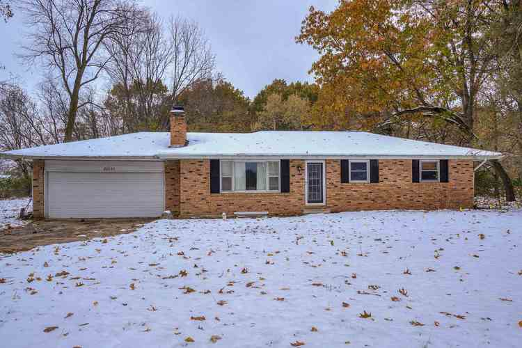 22233 Brick Road South Bend, IN 46628 | MLS 201949945 | photo 1