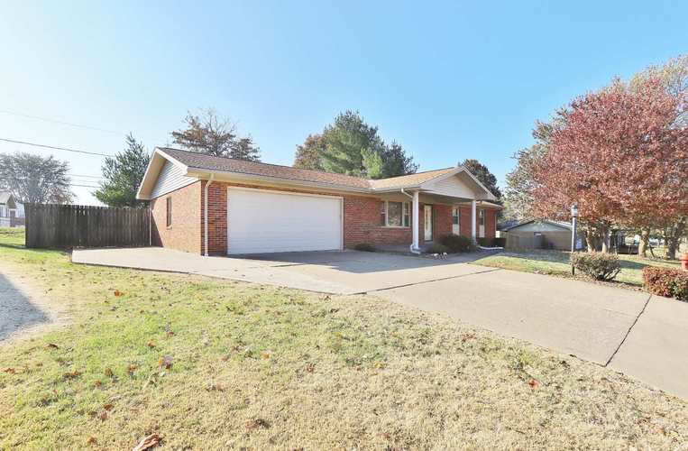 436 Kennedy Drive Mount Vernon, IN 47620 | MLS 201949981 | photo 2