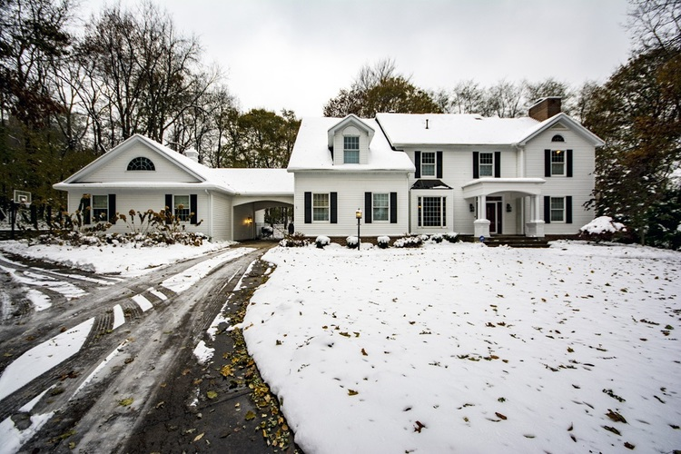 211  Highland Park Drive Middlebury, IN 46540 | MLS 201950004