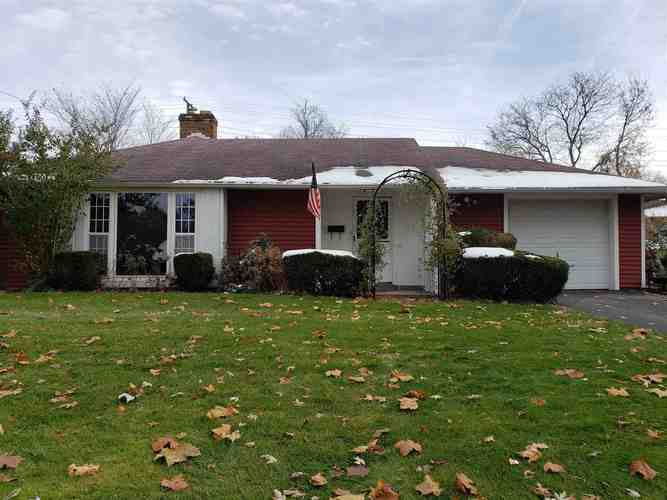 2910  Southridge Drive South Bend, IN 46614   MLS 201950091
