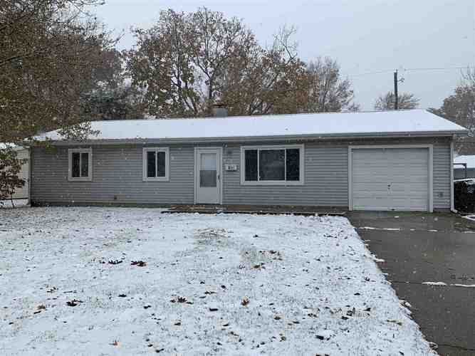 805 E Washington Ctr Road E Fort Wayne, IN 46825 | MLS 201950120 | photo 1