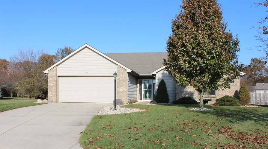 1128  Brittany Place Fort Wayne, IN 46825-6445 | MLS 201950184