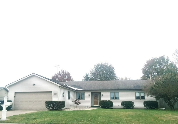825 W Manor Drive W Marion, IN 46952 | MLS 201950200 | photo 1