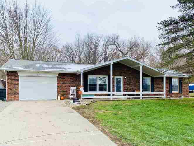 769 S Dixie Dr Drive North Webster, IN 46555 | MLS 201950230