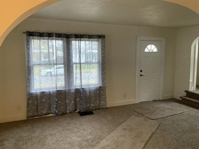 946 S 32nd Street S South Bend, IN 46615 | MLS 201950268 | photo 6