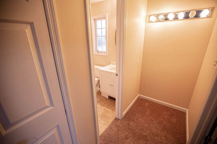 19450 Orchard Heights Drive South Bend, IN 46614 | MLS 201950277 | photo 10