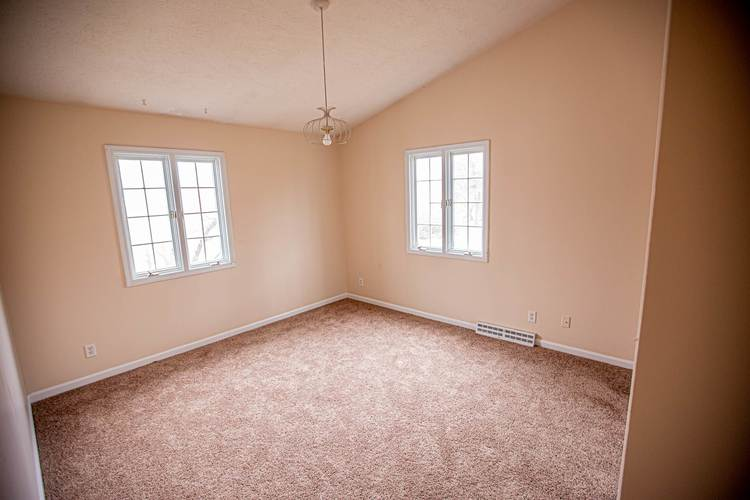 19450 Orchard Heights Drive South Bend, IN 46614 | MLS 201950277 | photo 15