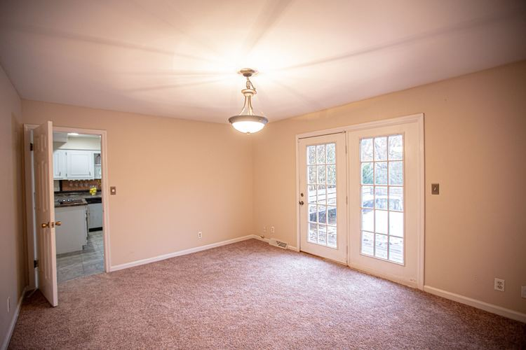 19450 Orchard Heights Drive South Bend, IN 46614 | MLS 201950277 | photo 18