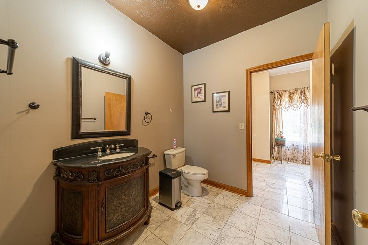 1610 Evergreen Place Elkhart IN 46514 | MLS 201950362 | photo 20