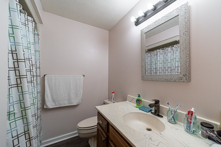 1610 Evergreen Place Elkhart IN 46514 | MLS 201950362 | photo 21