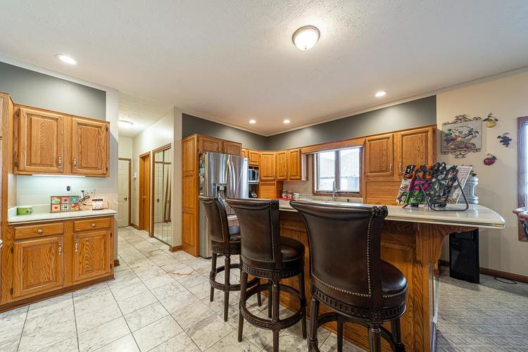 1610 Evergreen Place Elkhart IN 46514 | MLS 201950362 | photo 8