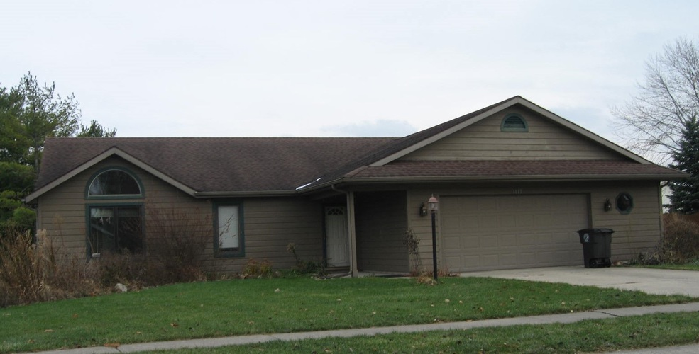 1015 Blue Stone Court Fort Wayne, IN 46804 | MLS 201950395 | photo 1