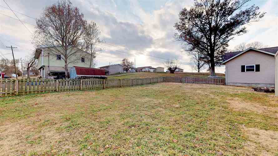 908 S First Street S Boonville, IN 47601 | MLS 201950401 | photo 23