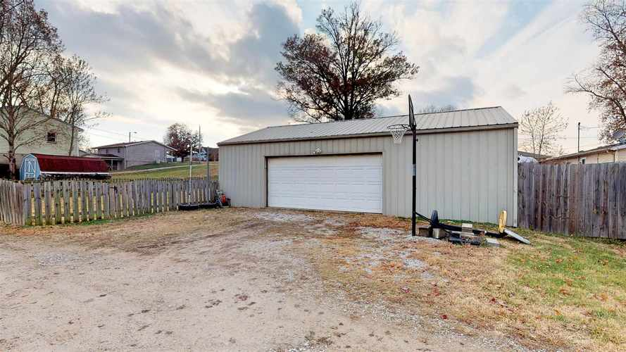 908 S First Street S Boonville, IN 47601 | MLS 201950401 | photo 25