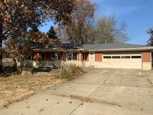 6115 Plainview Drive Evansville, IN 47720 | MLS 201950565 | photo 1