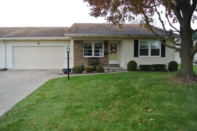 1922  Hampstead Courts South Bend, IN 46614-6347 | MLS 201950595