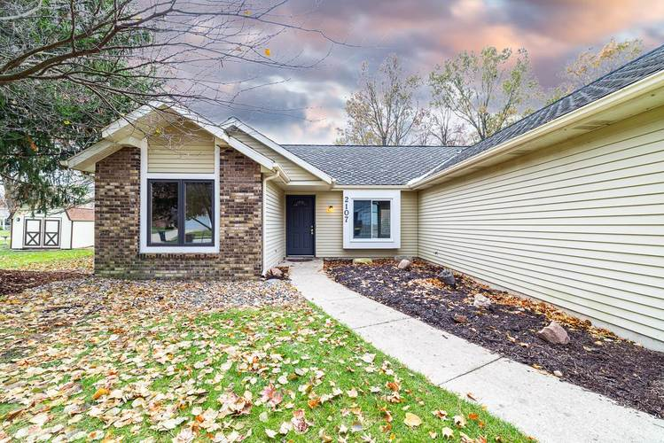 2107 Lima Valley Drive Fort Wayne, IN 46818-2125   MLS 201950631   photo 4