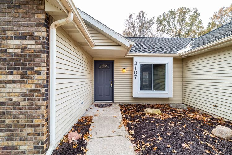 2107 Lima Valley Drive Fort Wayne, IN 46818-2125   MLS 201950631   photo 6