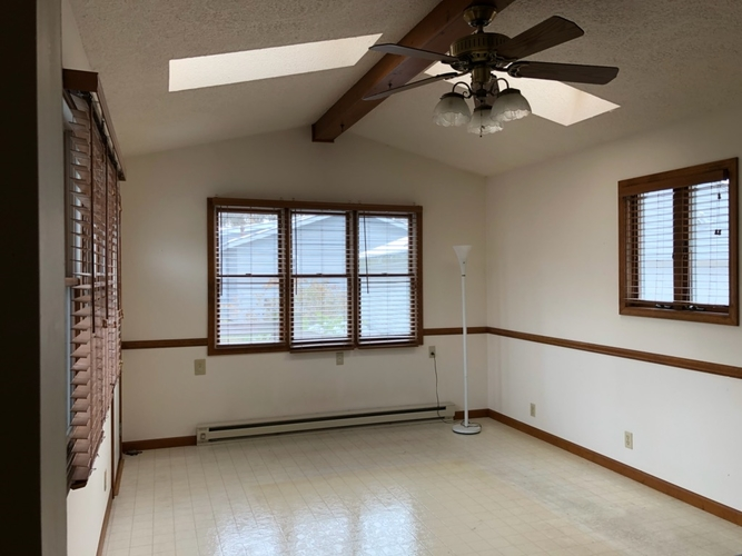 1528 Crestwood Boulevard South Bend, IN 46635 | MLS 201950752 | photo 8