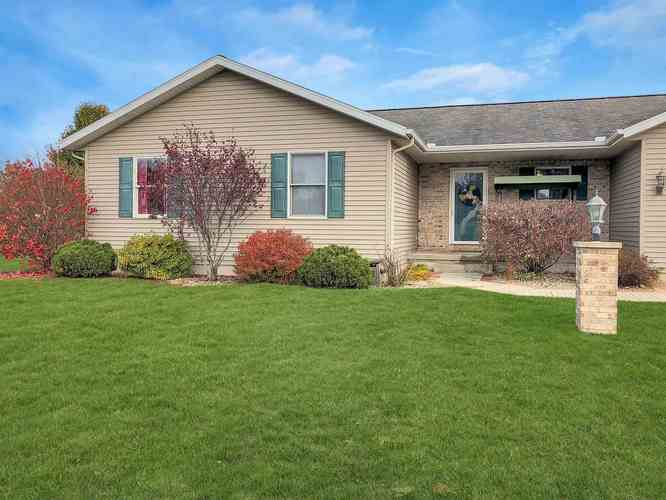 306 Alexis Drive Milford, IN 46542   MLS 201950758   photo 2