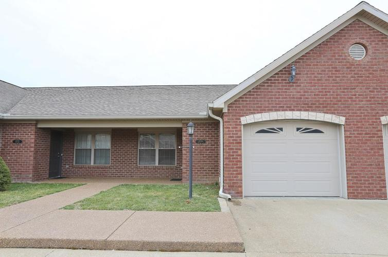 3033 Shady Hollow Trail Evansville, IN 47715 | MLS 201950760 | photo 1