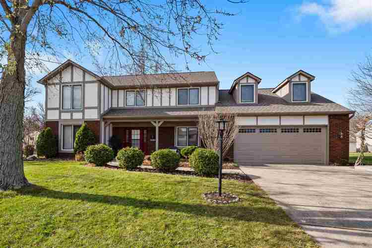 5409  ALBANY Court Fort Wayne, IN 46835 | MLS 201950906
