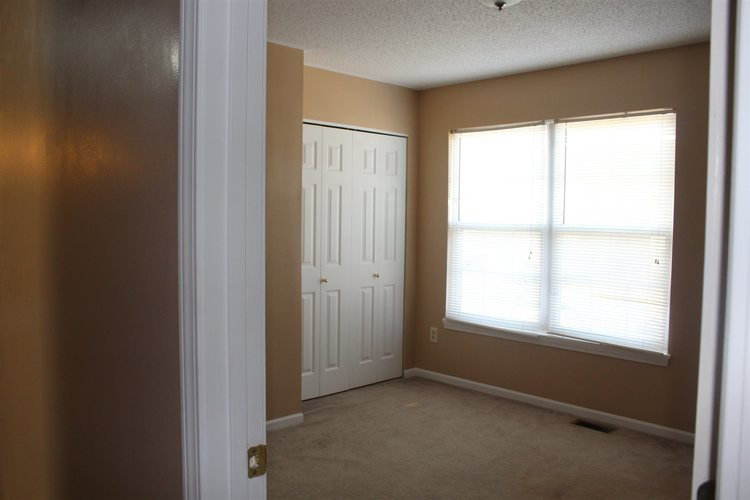 1634 Clifty Parkway Fort Wayne, IN 46808 | MLS 201950920 | photo 16