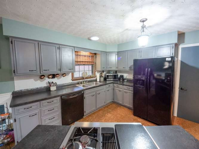 3824 S County Rd. 225 E Road S Winslow, IN 47598 | MLS 201950992 | photo 12