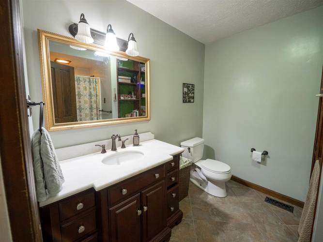 3824 S County Rd. 225 E Road S Winslow, IN 47598 | MLS 201950992 | photo 15