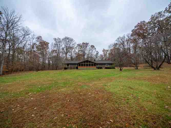 3824 S County Rd. 225 E Road S Winslow, IN 47598 | MLS 201950992 | photo 7