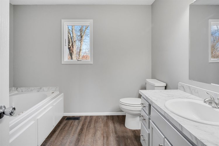 9501 Iroquois Trace New Haven, IN 46774-2912 | MLS 201951004 | photo 20