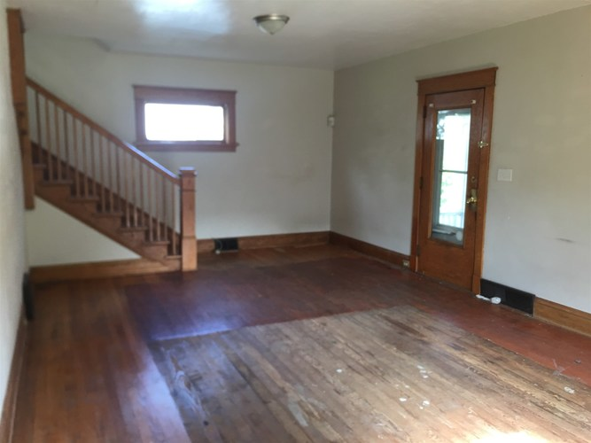 811 Cottage Grove Avenue South Bend, IN 46616   MLS 201951104   photo 3
