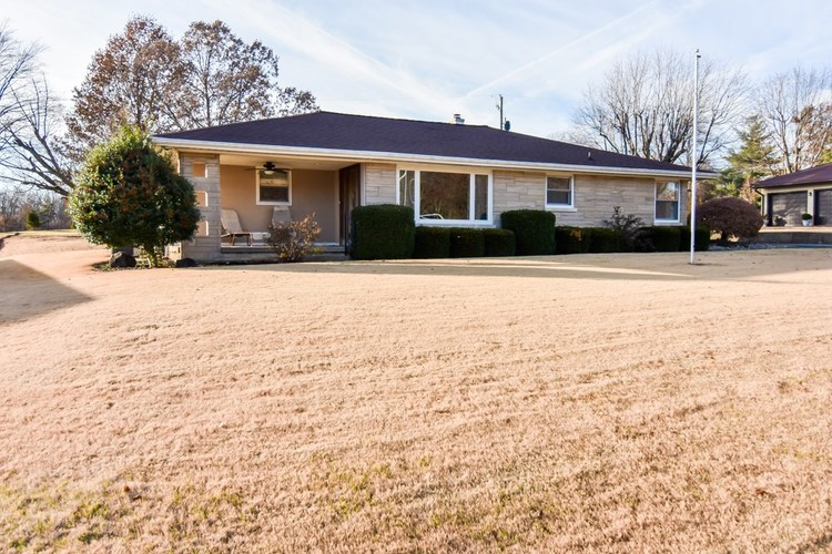 13012 Old State Road Evansville, IN 47725 | MLS 201951129 | photo 1