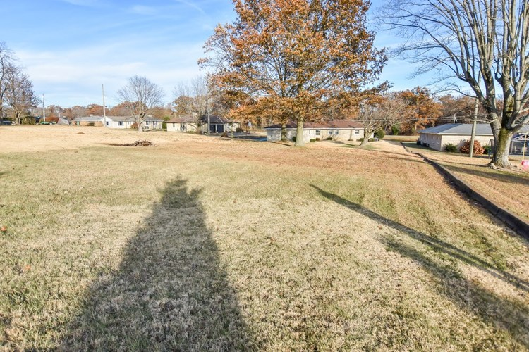 13012 Old State Road Evansville, IN 47725 | MLS 201951129 | photo 27
