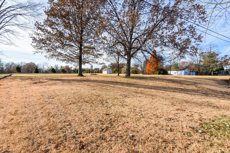 13012 Old State Road Evansville, IN 47725 | MLS 201951129 | photo 29