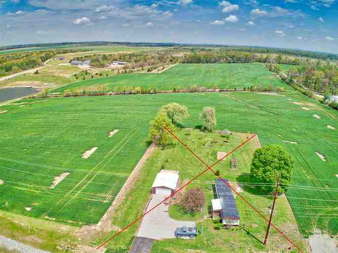 2496 New Harmony Road Boonville, IN 47601 | MLS 201951238 | photo 8
