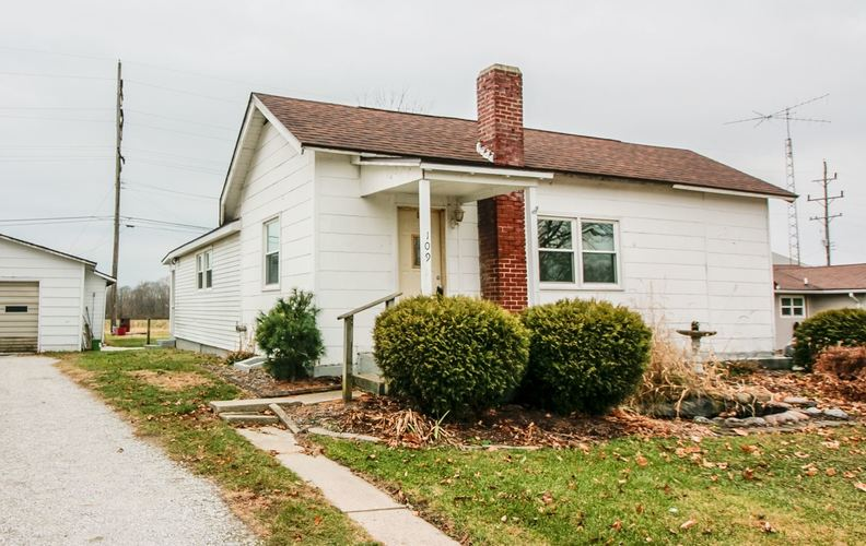 109 E South Street Rossville IN 46065 | MLS 201951251 | photo 1