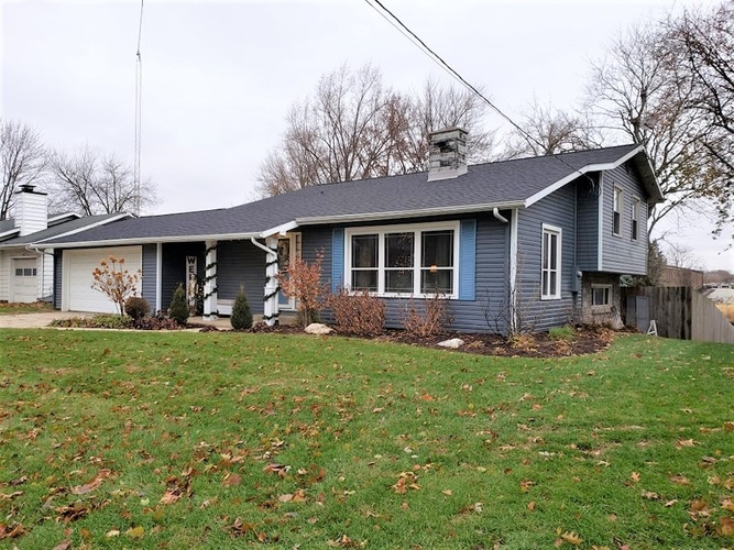 2115 Brookview Drive Warsaw, IN 46580 | MLS 201951323 | photo 2