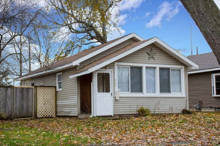 609 S 23rd Street S South Bend, IN 46615-2103 | MLS 201951383 | photo 1