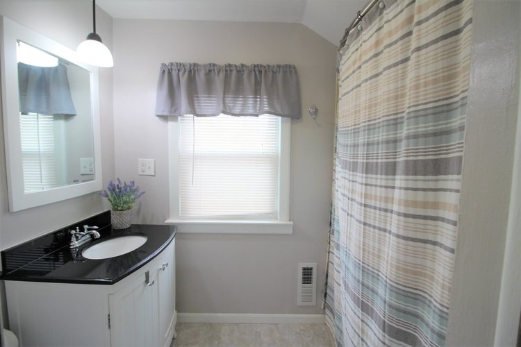 1108 W Spencer Avenue W Marion, IN 46952-3418 | MLS 201951390 | photo 16