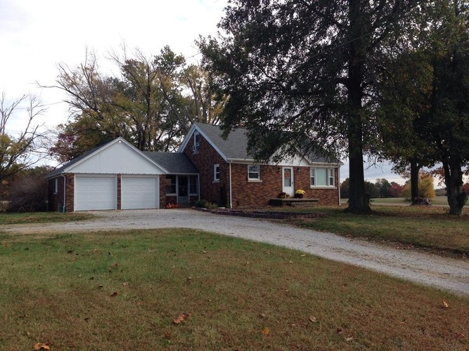 17455 Old State Road Evansville, IN 47725 | MLS 201951500 | photo 1